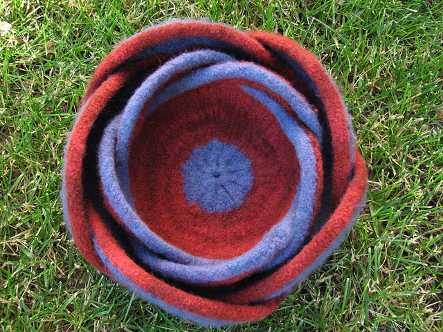 Ravelry Nested Pentafold Felted Moebius Bowls Pattern By Liat Gat