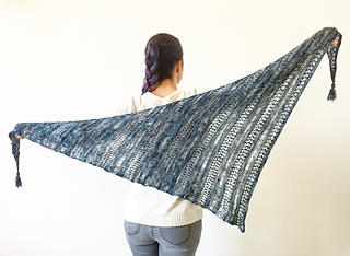 Ravelry Stormy Sky Shawl Pattern By Life Is Cozy