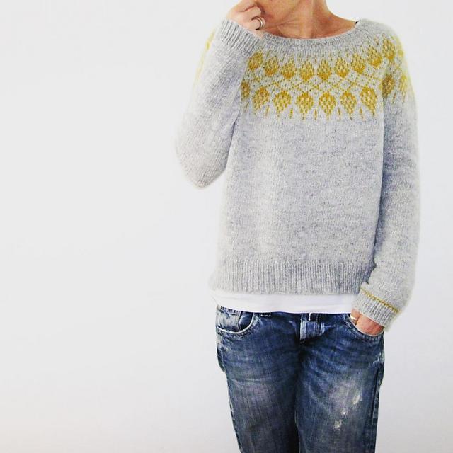 Humulus simple colour work knitting pattern