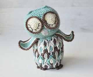 Dancing-owl_1_small2