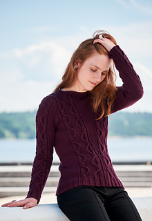 328bcc56b8570f Ravelry  Free Falling Pullover pattern by Linda Marveng