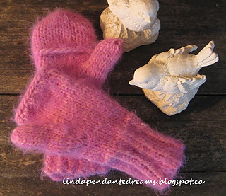 Sarah_s_hat___mitts_014small_small2