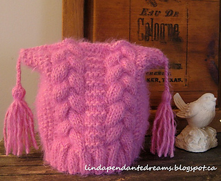 Sarah_s_hat___mitts_010small_small2