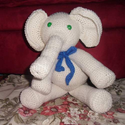 Ravelry Apple The Elephant Pattern By Melissas Crochet Patterns