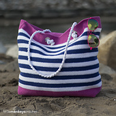 Beachbag-square2_small_best_fit