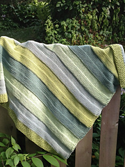 Stash_busting_cotton_baby_blanket_best_small