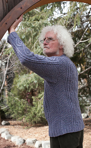 Merlin-sweater_detail1_medium
