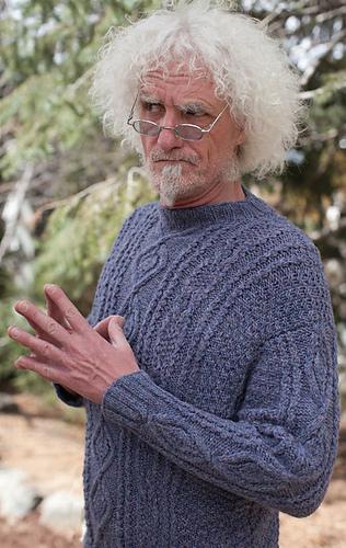 Merlin-sweater_detail2_medium
