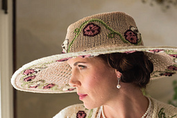 English_garden_hat_pic1_small_best_fit
