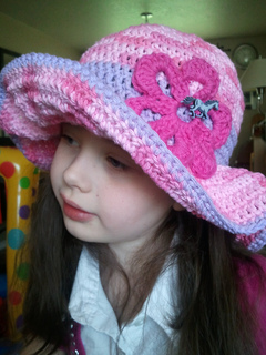 Mccall_s_hat_small2