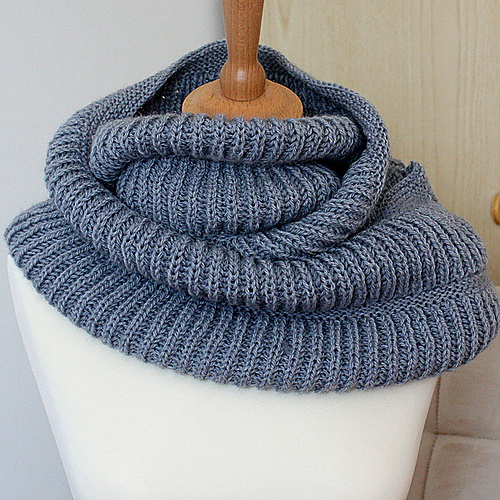 Ravelry Oxford Hooded Cowl Pattern By Julia Noskova