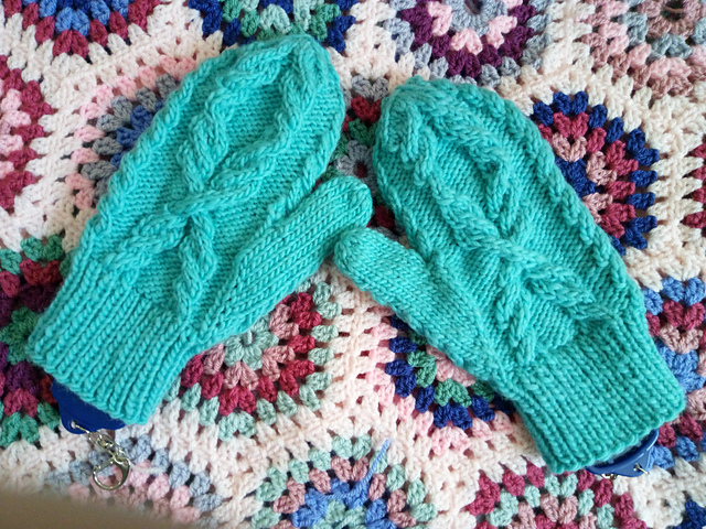 Wheatsheaf Mitten Pattern, by Loraine Birchall for Woolly Madly Deeply