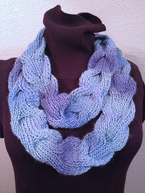 Ravelry: Reversible Horseshoe Cable Cowl pattern by Lorna Miser