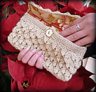 Crocodile_clutch_1_small2