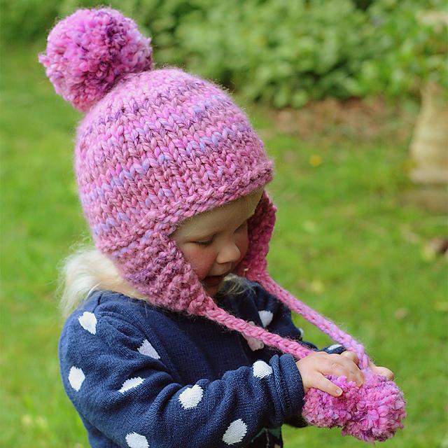 b99c618f11a Ravelry  Kelsey Earflap Hat pattern by Julie Taylor
