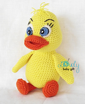 Yellow_duck_crochet_pattern_small_best_fit