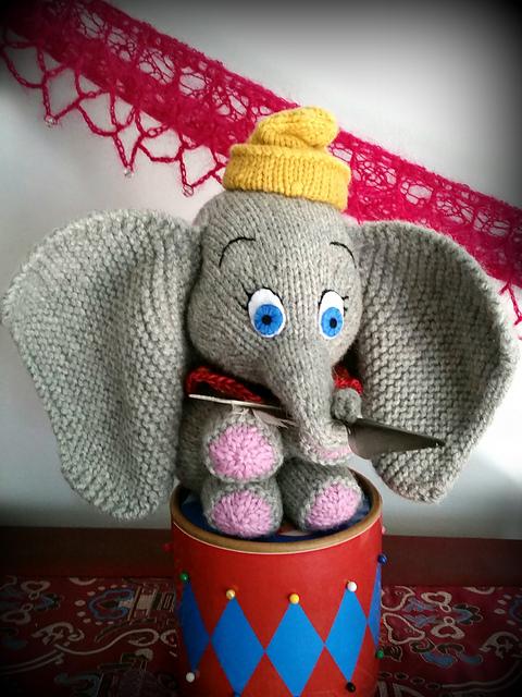 ELEPHANT Dumbo COPY vintage toy knitting pattern