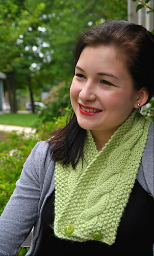 A-135_easy_cabled_cowl_medium