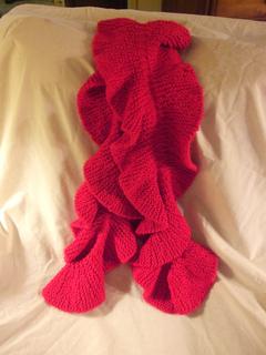 Knitting Stitches That Wonot Curl : Ravelry: Ruffled scarf pattern by Pam MacKenzie