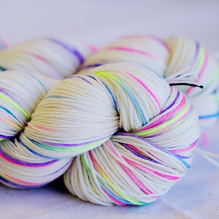 Yarns Madelinetosh Twist Light