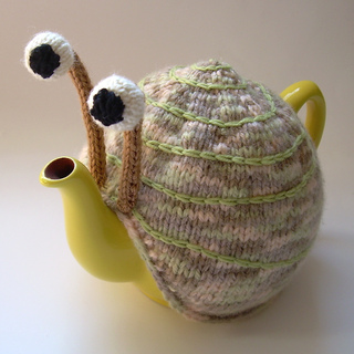 Pale_snail_front_small2
