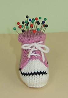 Converse_pin_cushion3_small2