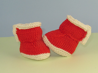 Baby_2_colour_simple_trim_booties2_small2