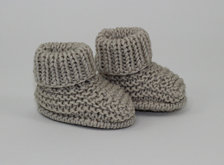 Baby_simple_booties3_small2