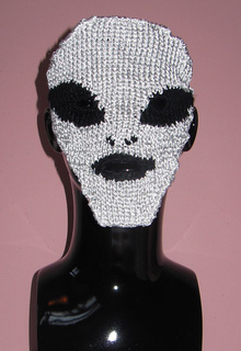 Alien_invasion_mask_by_madmonkeyknits2_small2