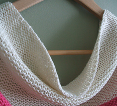 Raspberry_cream_-_bind_off_detail_small
