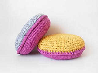 Crochet_cushion_3_small2