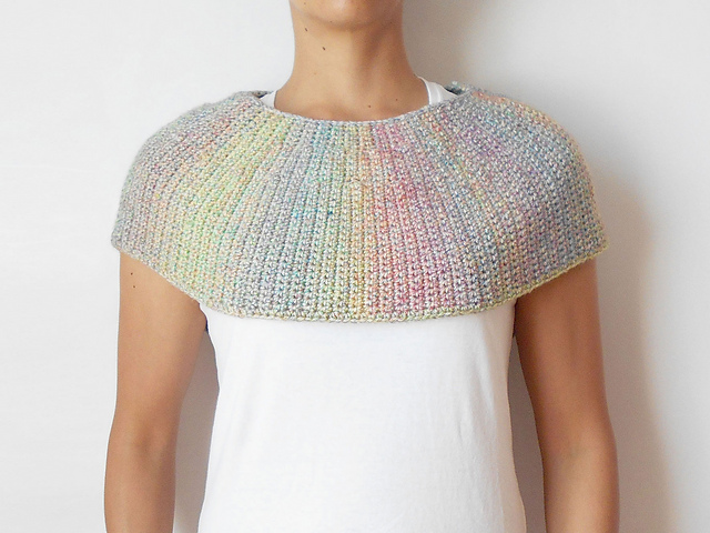 Ravelry: Diane Capelet pattern by Maria Isabel