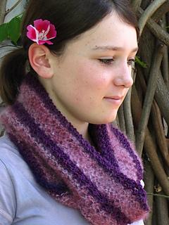 Royal_purple_cowl_5_small2