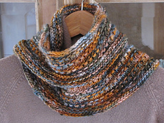 Autumn_sky_cowl_1_small