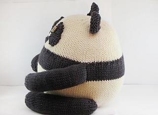 Panda_side_small2