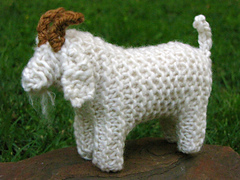 Knitted_goat_1_small