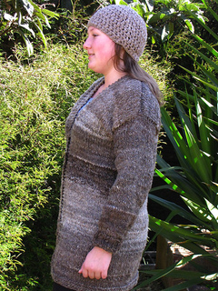 Birthday_cardigan_small2