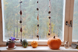 Woodland_in_the_fall__knit_garland_tutorial_small_best_fit