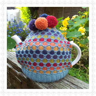 Bubbles_tea_cosy_small2