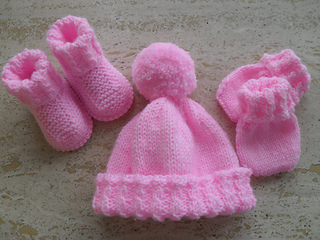 Knitting Patterns For Baby Mittens And Booties : Ravelry: Baby Booties, Beanie Mittens Set pattern by Marilyn Ireland