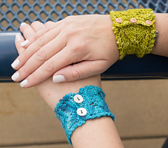 Knitcuffs1_small