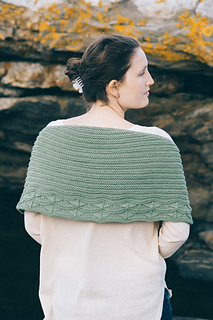 -quince-co-cave-point-paula-emons-fuessle-knitting-pattern-chickadee-1_small2