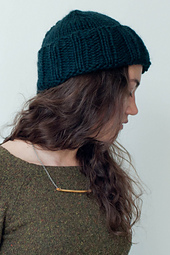 Quince-co-folded_brim-dawn-catanzaro-knitting-pattern-ibis-2_small_best_fit