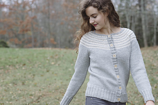 Quince-co-harriet-cardigan-carrie-bostick-hoge-knitting-pattern-lark-5_small2