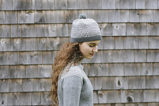 Quince-co-heidi-hat-carrie-bostick-hoge-knitting-pattern-chickadee-5_small2