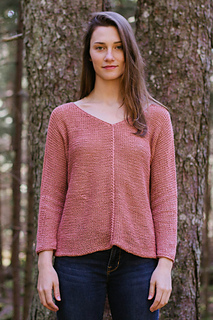 Quince-co-aislyn-dawn-catanzaro-knitting-pattern-kestrel-1_small2