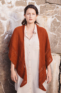 Quince-co-butterfly-paulina-popiolek-knitting-pattern-finch-1_small2