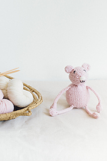 Quince-co-string-along-toys-susan-anderson-knitting-pattern-lark-3_small2