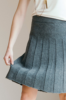 Quince-co-tavia-ann-budd-knitting-pattern-finch-4_small2