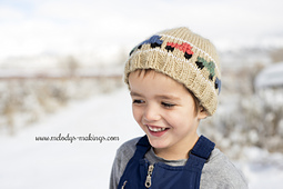 Knit_product_photo_3_-_logo_small_best_fit
